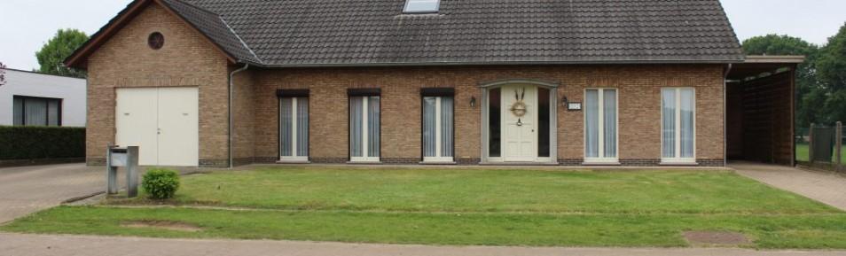 Meerhout : Ruime open bebouwing, 5 slks.